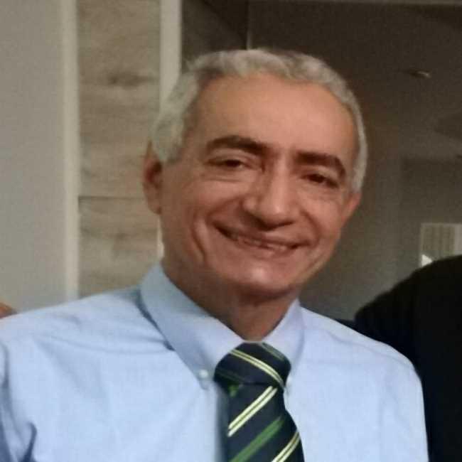 دكتور  أسامة عبد الجواد  إستشاري أمراض النساء والتوليد والعقم الابراهيمية