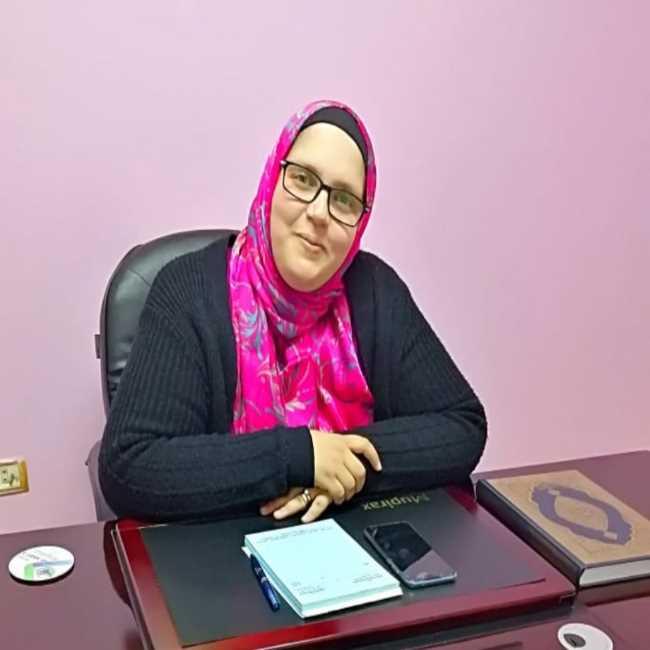 دكتورة  أسماء محمد الشحات  ماجستير النساء و التوليد و علاج تأخر الانجاب - عضو الجمعية المصرية لاطباء النساء و التوليد ESGO.egypt 6 اكتوبر