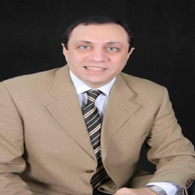 دكتور  أشرف فوزي نبهان  أستاذ التوليد و أمراض النساء و علاج تأخر الحمل بكلية الطب جامعة عين شمس القاهرة