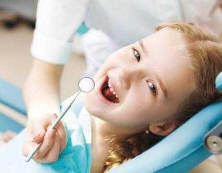 دكتورة  أميرة متولي حسن  أخصائية علاج و تجميل الفم والأسنان الجيزة