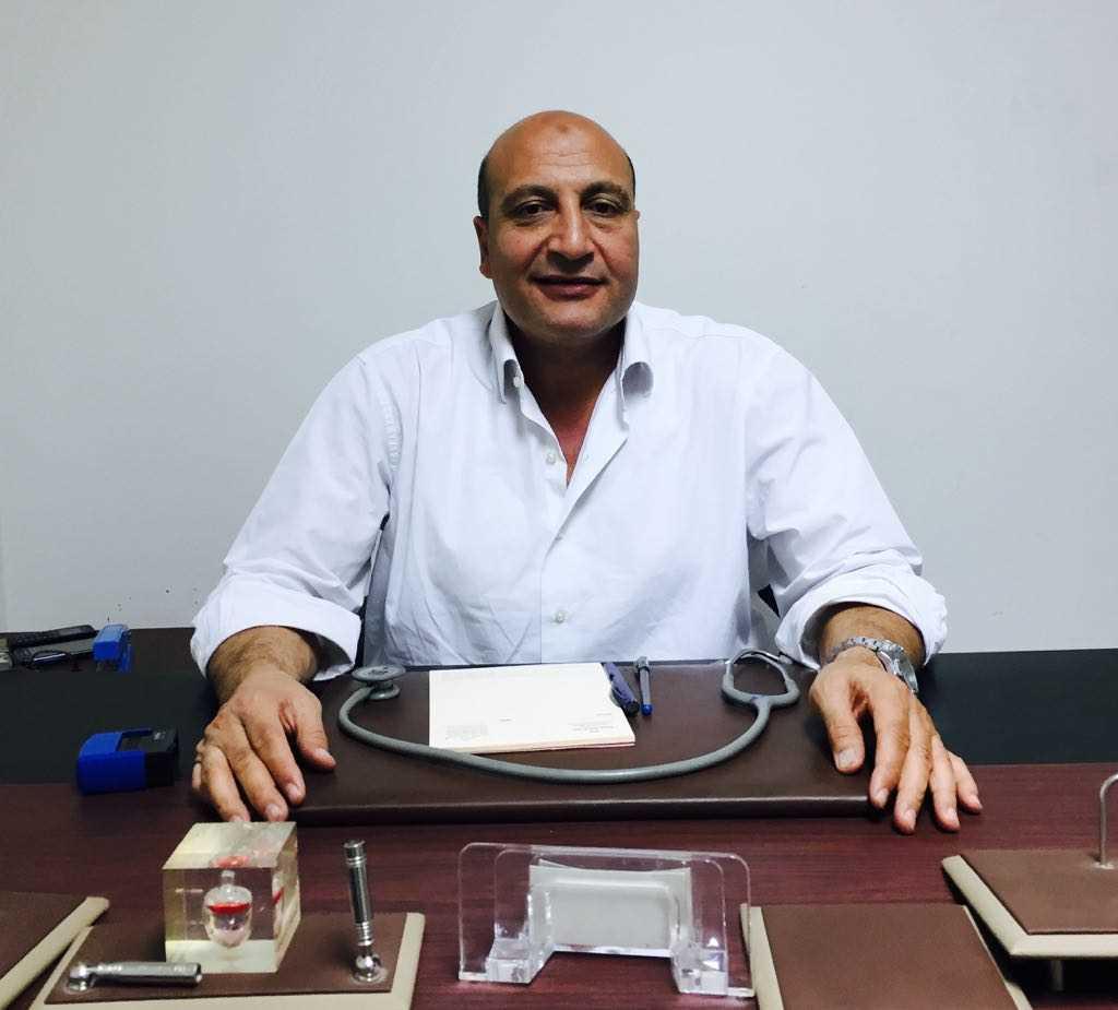 دكتور  أيسر عبد العزيز  استشاري أمراض القلب والأوعية الدموية والقسطرة القاهرة