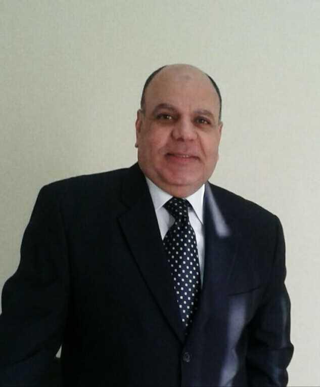 دكتور  أيمن ابراهيم  استشارى العلاج الطبيعى - جامعة القاهرة القاهرة
