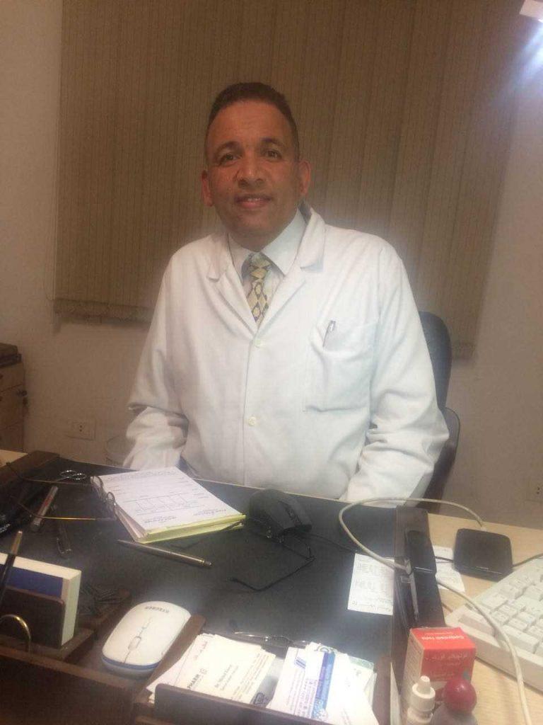 دكتور  إيليا بداري  استشاري طب و جراحه العيون. الاسكندرية