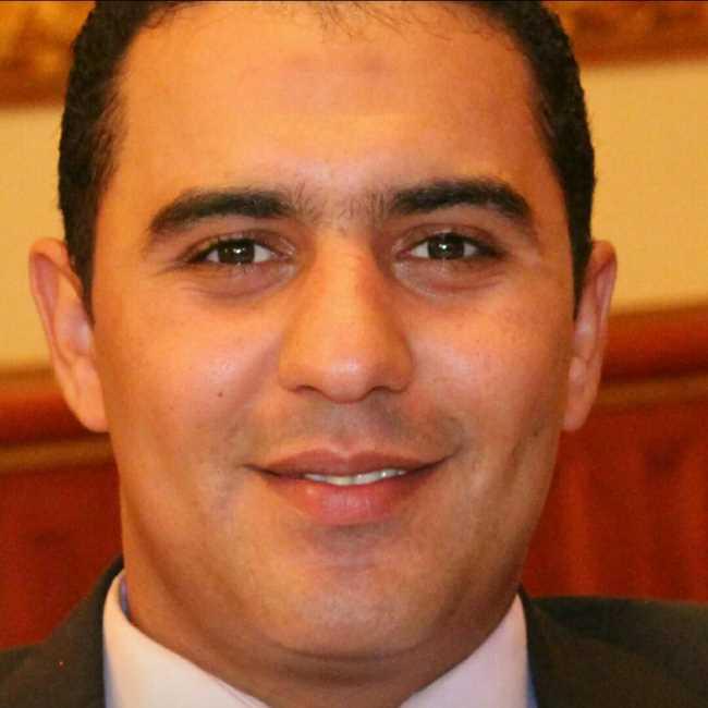 دكتور  إيهاب المزين  أخصائي جراحة الأوعية الدموية القاهرة