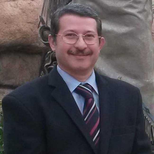 دكتور  إيهاب سامي  أستاذ جراحة الأورام (م) بالمعهد القومي للأورام - جامعة القاهرة القاهرة
