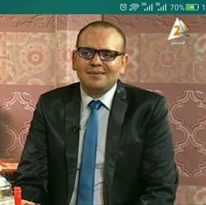 دكتور  ابراهيم عبدالحكيم  اخصائي العلاج الطبيعي والتخسيس بالمعهد القومي للجهاز الحركي العصبي الجيزة
