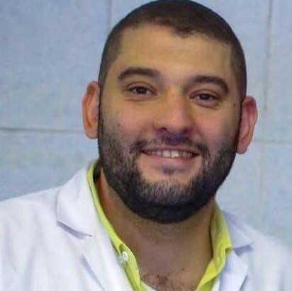 دكتور  احمد شون  أخصائي طب و جراحة الفم و الأسنان الاسكندرية