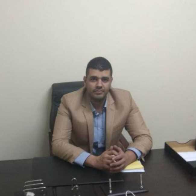 دكتور  احمد صفوت  أخصائي امراض النساء و التوليد و العقم الزيتون