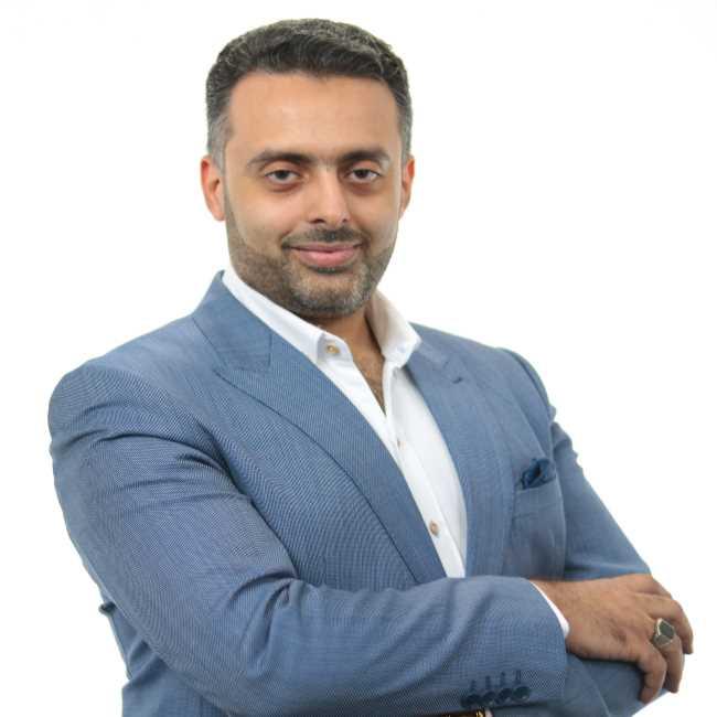 دكتور  احمد عبد الهادي عبد الرحمن  مدرس واستشاري علاج الاورام و العلاج الاشعاعي- كلية الطب جامعة المنصورة الجيزة