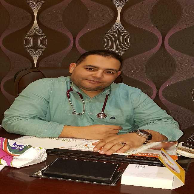 دكتور  احمد فتحي  اخصائي طب الاطفال و حدثي الولاده الاسكندرية