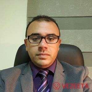 دكتور  احمد محمد الصادق  مدرس و استشاري أمراض المخ و الأعصاب جامعة عين شمس القاهرة