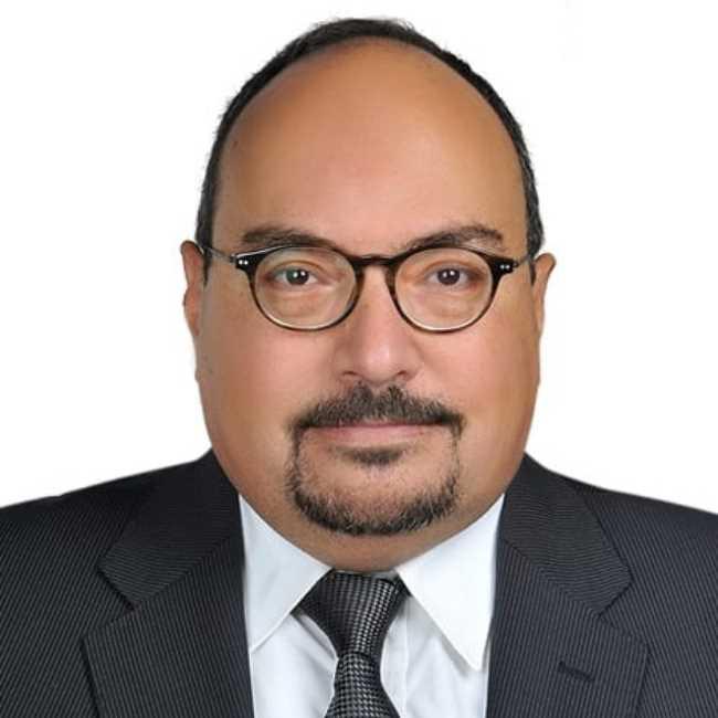 دكتور  اشرف عبده  استاذ ورئيس قسم امراض المخ والاعصاب والطب النفسي الاسكندرية