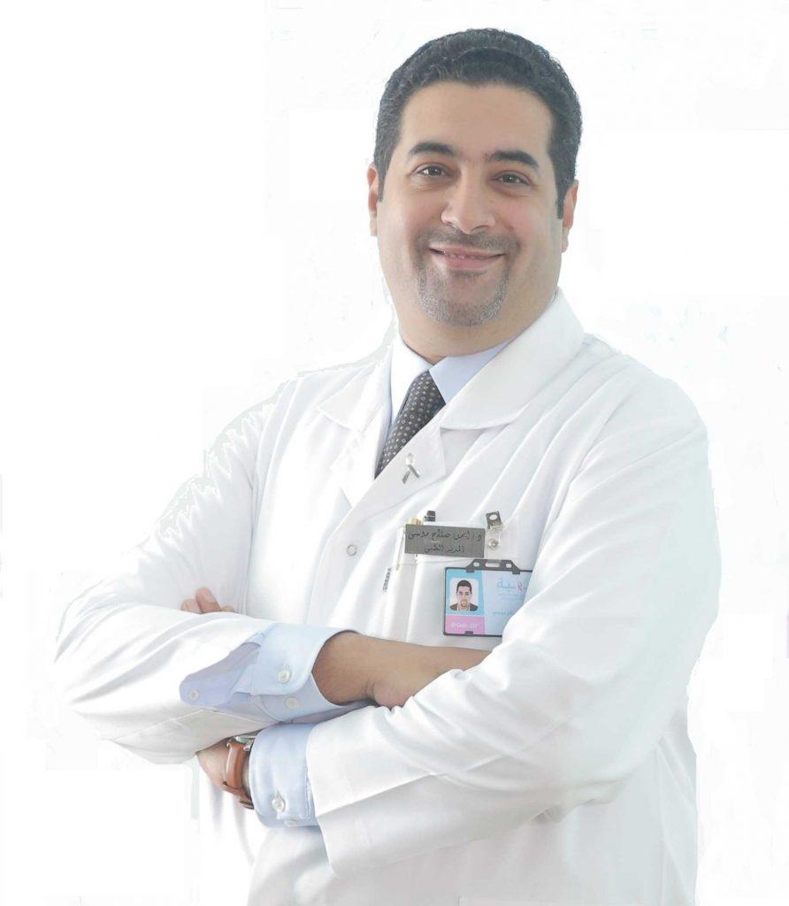دكتور  ايمن صلاح موسي  استاذ م. جراحة الكلي والمسالك البولية والتناسلية, استشاري جراحة المسالك البولية الجيزة