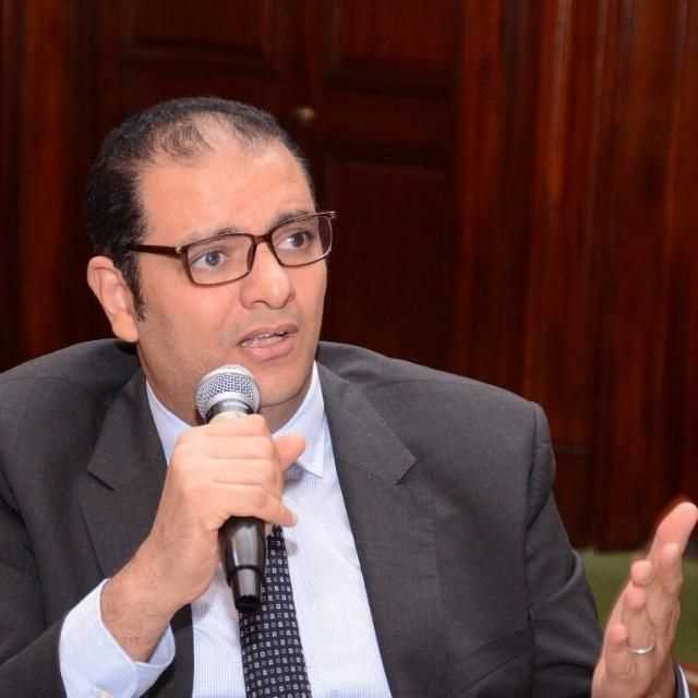 دكتور  حسام الاشطوخي  إستشاري علاج الأورام ورئيس قسم طب الاورام بمركز اورام طنطا الغربية