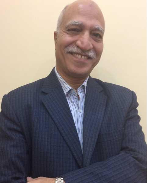 دكتور  حسام عبد العليم شاهين  استاذ و استشاري القلب و الاوعية الدموية الجيزة