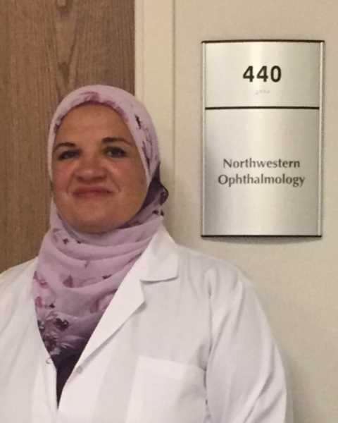 دكتورة  حنان محي  الغنيمي  استشاري طب و جراحة العيون دكتوراه جامعة القاهره القاهرة