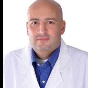 دكتور  خالد ابراهيم عبدالله  أستاذ النساء و التوليد والعقم  بكلية الطب جامعة عين شمس. القاهرة
