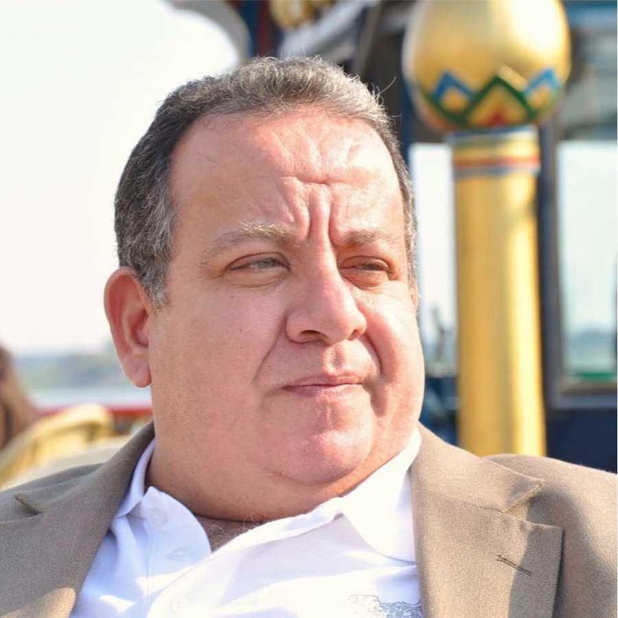 دكتور  خالد التهامى  استشارى امراض القلب و القسطرة القلبية بمعهد القلب القومى الجيزة
