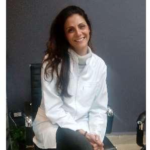دكتورة  داليا محمد حواتر  استشاري جراحة الفم والاسنان- جامعة القاهرة القاهرة