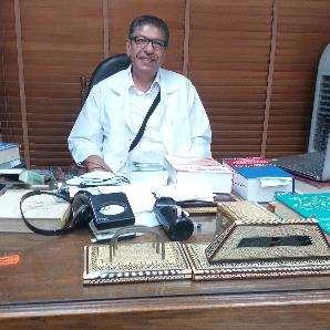دكتور  رامز بادير  إستشاري طب اطفال بمستشفيات  باريس وجامعه رنيه ديكارت فرنسا القاهرة