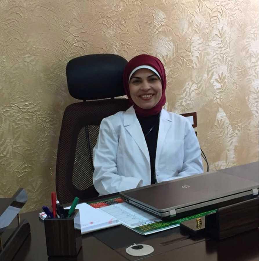 دكتورة  رانيا حافظ  استشاري امراض الدم وزرع النخاع اسيوط