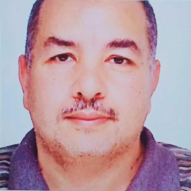 دكتور  رفيق الغزاوى  استشارى طب العيون و استاذ كلية طب جامعة عين شمس القاهرة