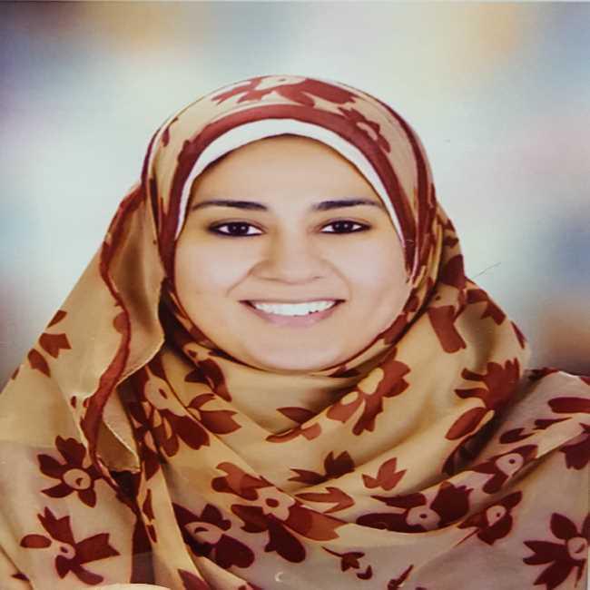 دكتورة  ريهام الموافي  أخصائية التغذيه العلاجيه والسمنه والنحافه الجيزة