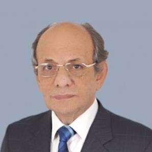 دكتور  شريف خطاب  استاذ امراض النساء و التوليد بكلية طب القصر العيني - جامعة القاهره القاهرة