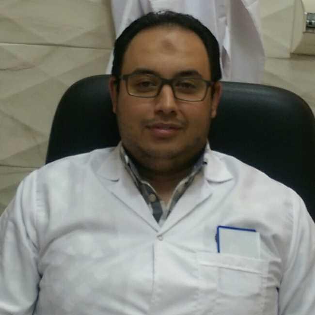دكتور  شريف عبد الجواد  اخصائي امراض الباطنة والكلى الاسكندرية