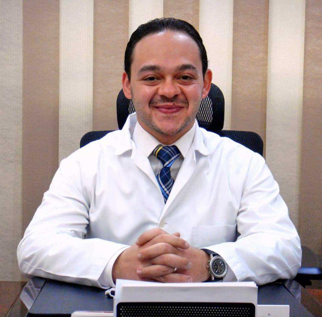 دكتور  شهاب الدين دويدار  أخصائي جراحة و طب العين الابراهيمية
