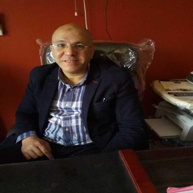 دكتور  طارق الخولي  استاذ امراض القلب - بمعهد القلب الجيزة
