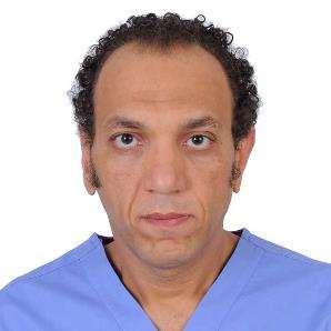 دكتور  طارق حمدي السري  أستاذ  و استشارى جراحة المخ و الاعصاب - جامعة عين شمس . القاهرة