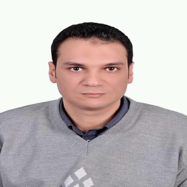 دكتور  عادل شهاب  اخصائي امراض الباطنة والسكر والتغذية العلاجية- كلية طب القصر العيني القاهرة
