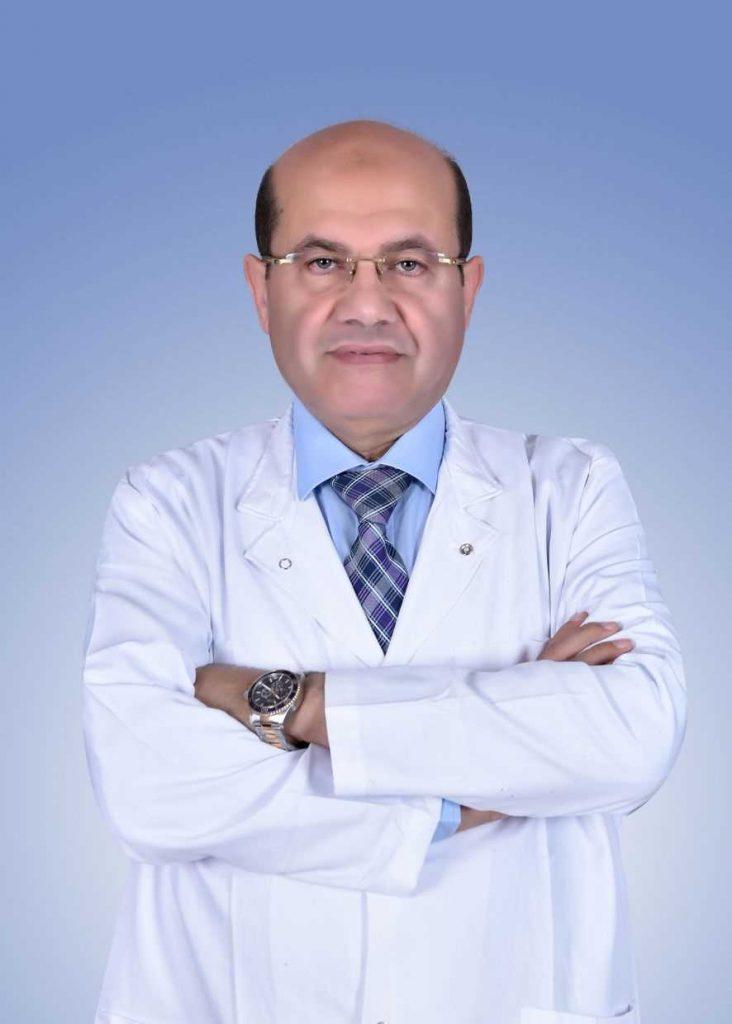 دكتور  عبد العزيز الطويل  أستاذ الأمراض الجلدية والتناسلية والذكورة بكلية الطب, جامعة بنها الزقازيق