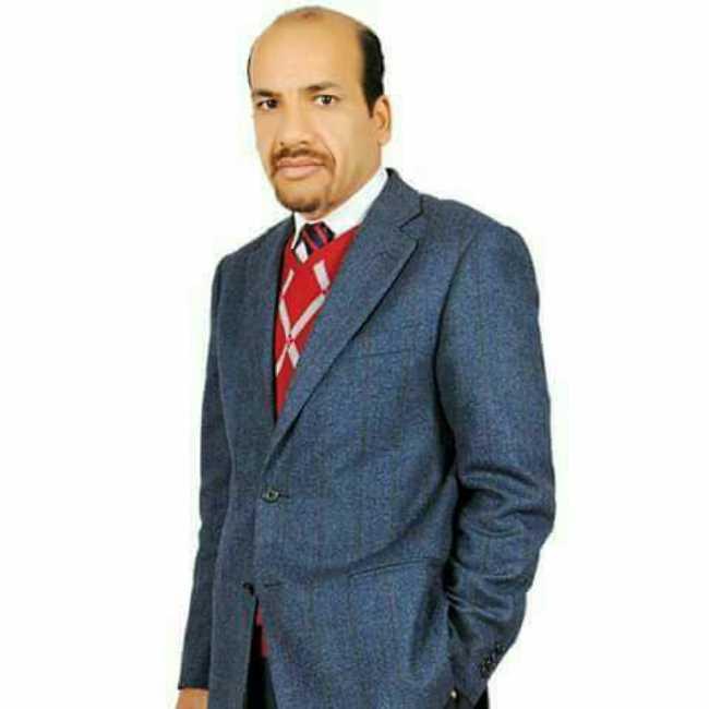 دكتور  عبد الفتاح الشيخ  أستاذ جراحة الأورام  واستشاري الجراحة العامة و جراحة المناظير الجيزة