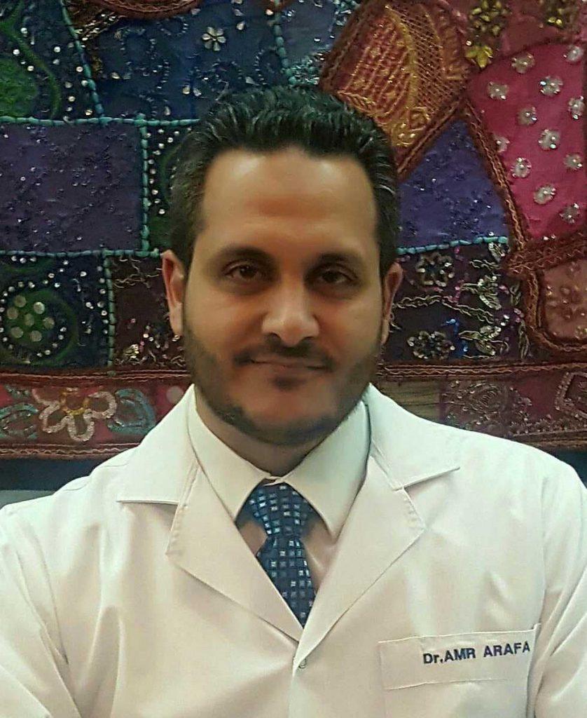 دكتور  عمرو عرفه  مدرس جراحة عظام الأطفال - كلية طب القصر العينى القاهرة