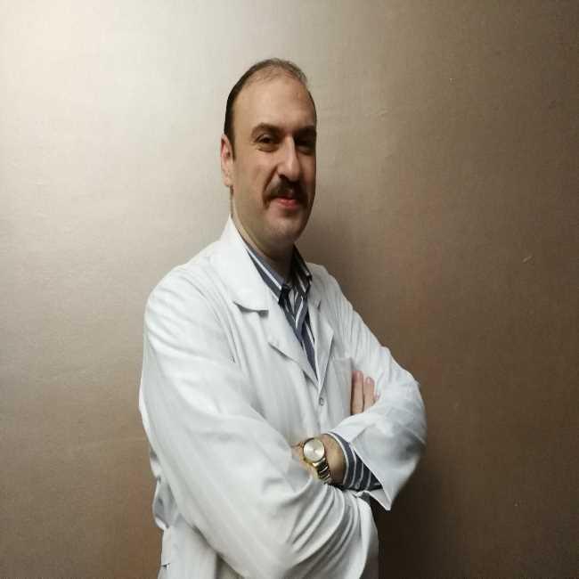 دكتور  عمرو محسن طه النمر  أخصائى طب و جراحة الأنف و الأذن و الحنجرة القاهرة