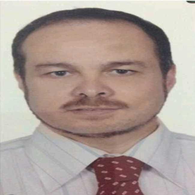 دكتور  كمال أبو الغيط  استشاري طب وجراحة العيون الجيزة