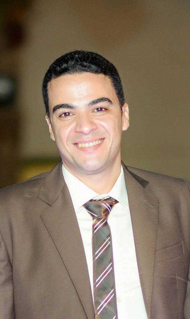دكتور  ماجد رشيد  اخصائي امراض النسا والتوليد القاهرة