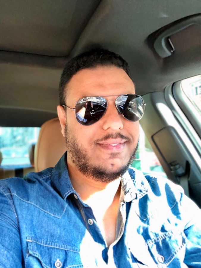 دكتور  محسن مالى محمد  استشارى  جراحات التجميل و علاج الحروق - مستشفي جامعة الاسكندريه الاسكندرية