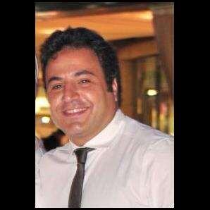 دكتور  محمد أحمد فاروق  استشاري الامراض الصدر و الحساسية و الرعاية المركزة القاهرة