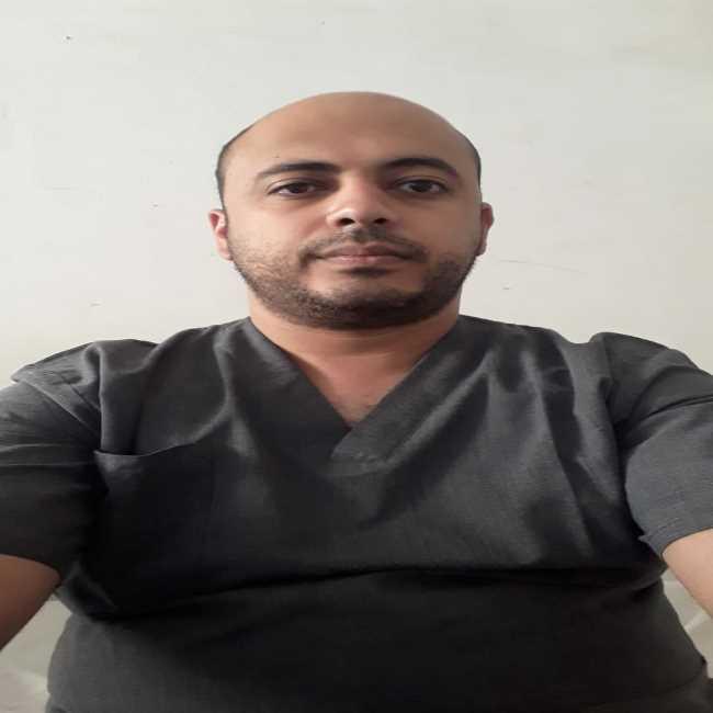 دكتور  محمد البنا  أخصائي جراحة الأوعية الدموية بمستشفى شبين الكوم التعليمي الغربية