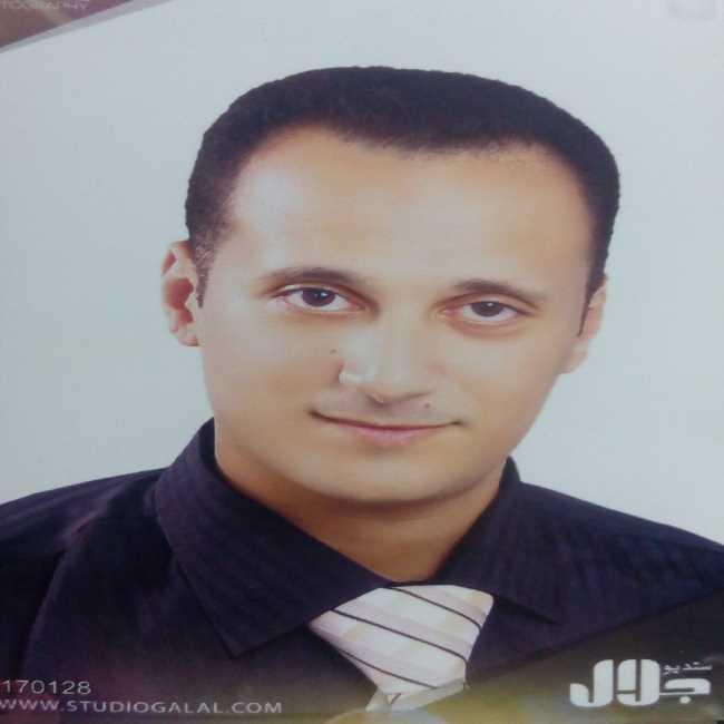 دكتور  محمد الشوري  اخصائي الكبد ومناظير الجهاز الهضمي الزيتون