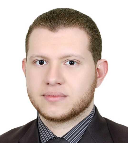 دكتور  محمد المصري  استشاري جراحات العظام والعمود الفقري الجيزة