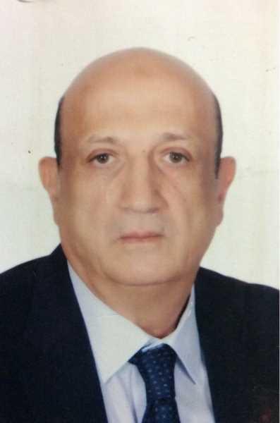 دكتور  محمد  عابدين  أستاذ علاج الأورام والطب النووى كلية الطب جامعة القاهرة-رئيس قسم علاج الاورام و الطب النووى-عضو الأكاديمية لعلاج الأورام بالاشعاع الجيزة