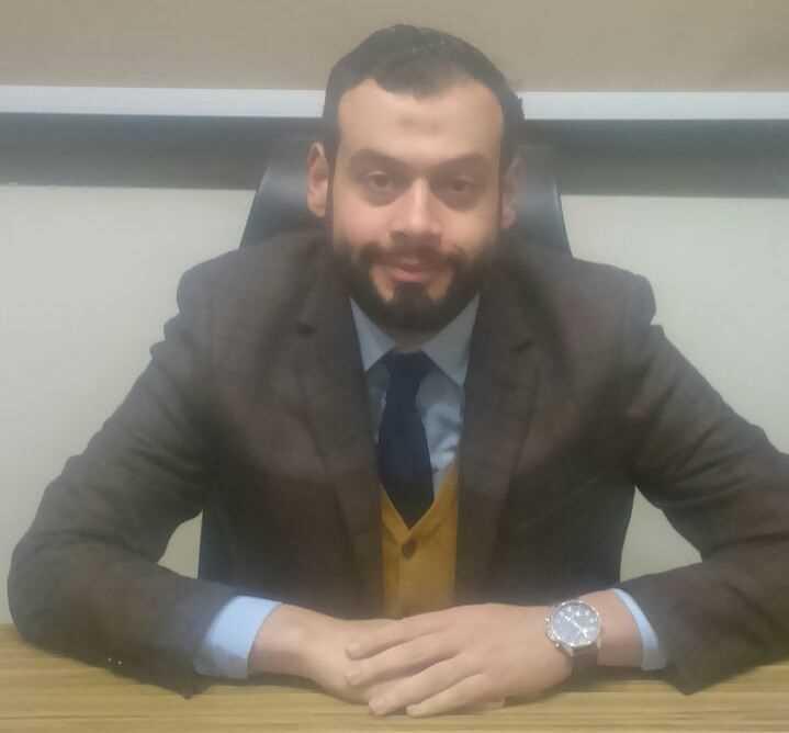 دكتور  محمد عاطف العوام  استشارى و مدرس الطب النفسي كلية الطب جامعة حلوان القاهرة