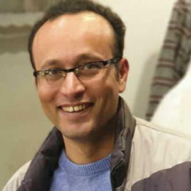 دكتور  محمد علي  أخصائي الأمراض النفسية وعلاج الإدمان القاهرة