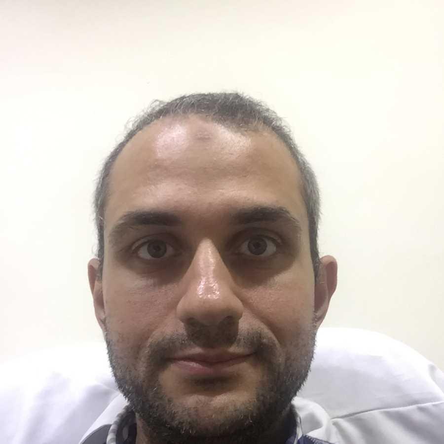 دكتور  محمد ماهر ابراهيم  اخصائي امراض الكلي والباطنة