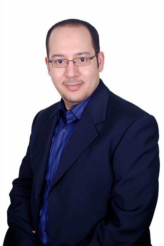 دكتور  محمد محمد اسماعيل  استشاري الغدد الصماء والسكر والسمنة في الاطفال القاهرة