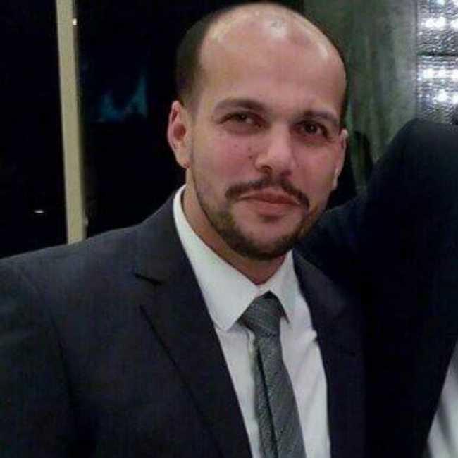 دكتور  محمود عيسى  اخصائي جراحة المفاصل والمناظير وتشوهات العظام القاهرة